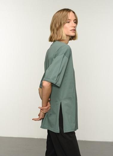 People By Fabrika PFKAW21TS0007 Oversize Yırtmaçlı Coton Tişört Yeşil